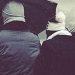 梅雨時には常に携帯がステキ♪軽量タイプの折りたたみ傘を鞄にIN